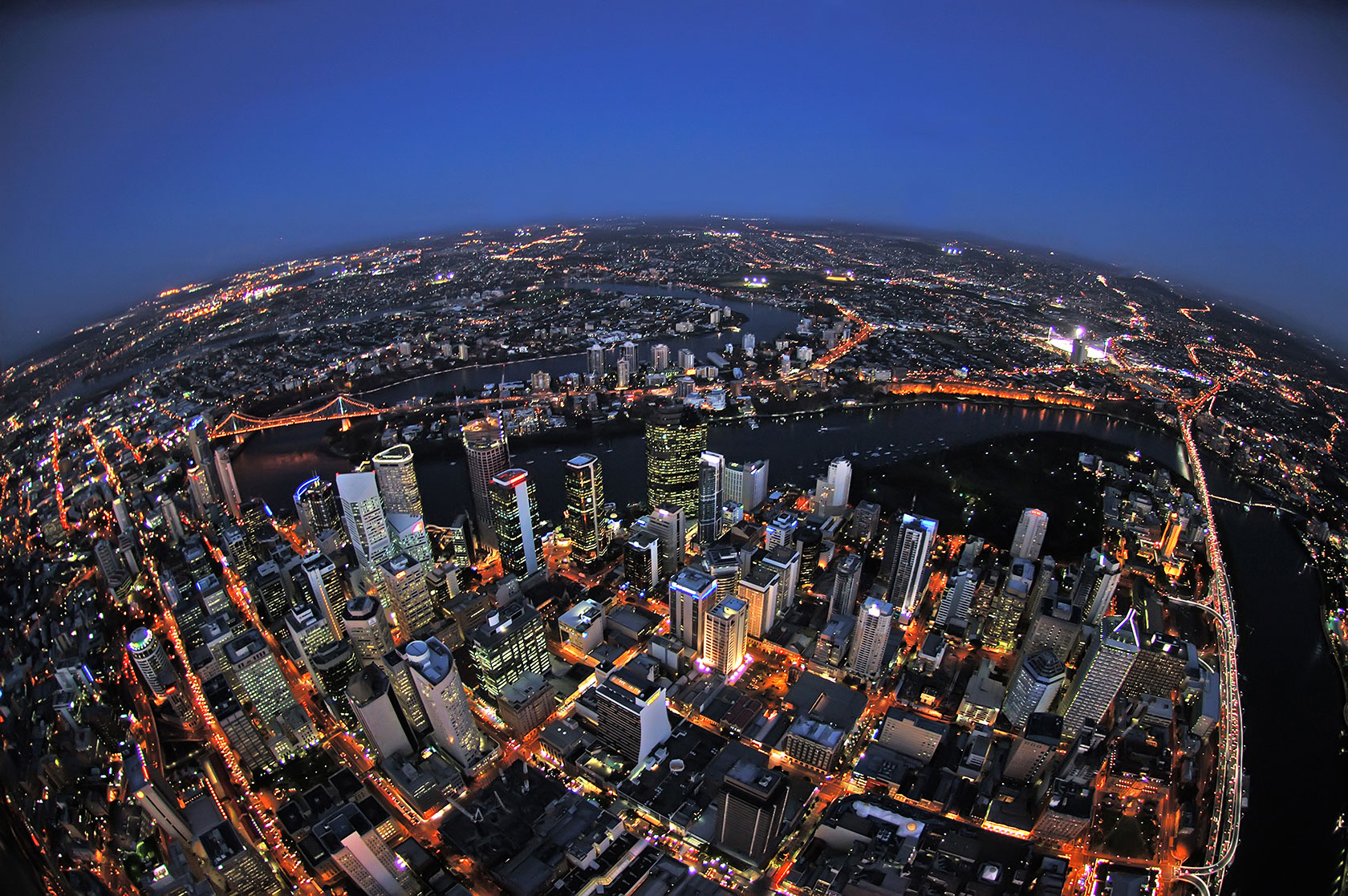 Brisbane_CBD_Fisheye-no-cloud